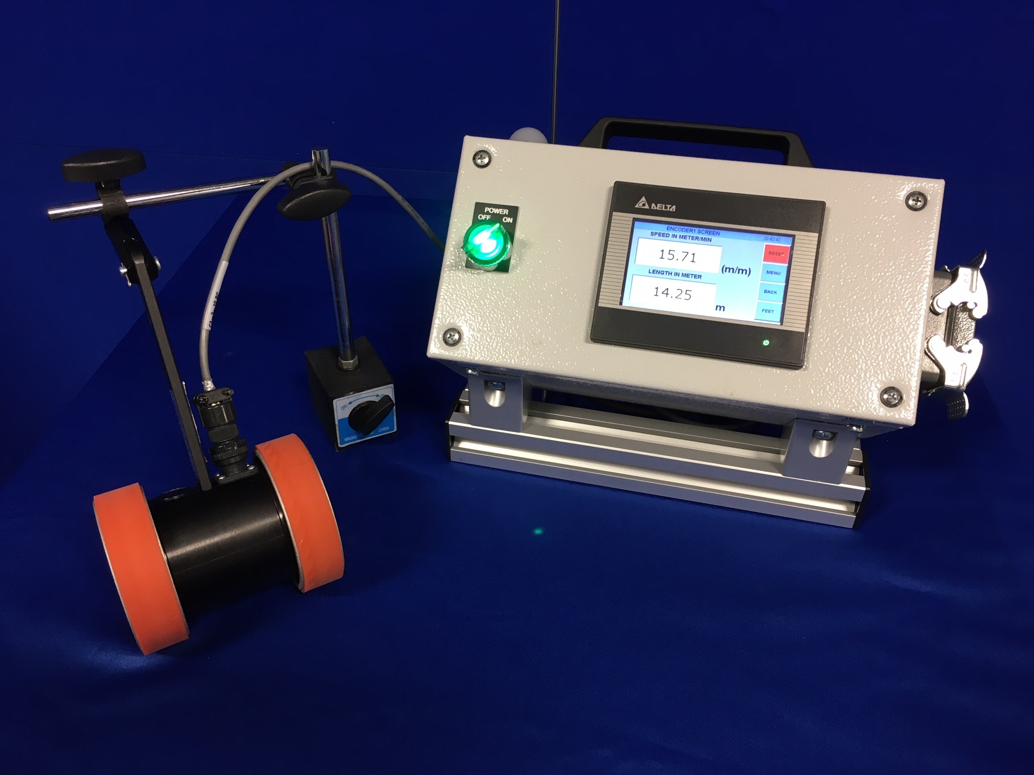 PLCS-1000 with Dual Wheel Encoder and Magnetic Mounting Stand
